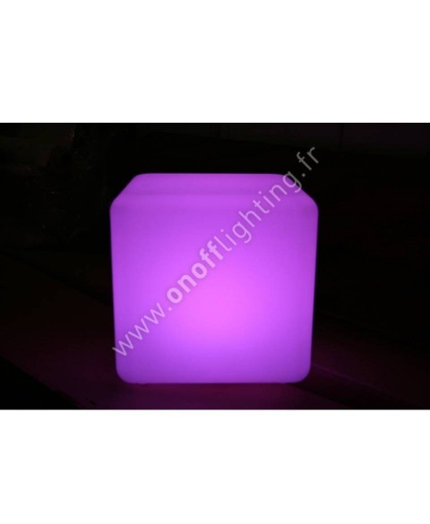 spot led 9w tibi en applique sur pat re onoff lighting. Black Bedroom Furniture Sets. Home Design Ideas